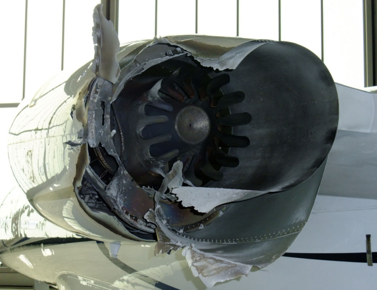 Flight levels german investigators determine engine diffuser german investigators determined this uncontained engine failure was caused by cracking of the diffuser assembly fandeluxe Image collections